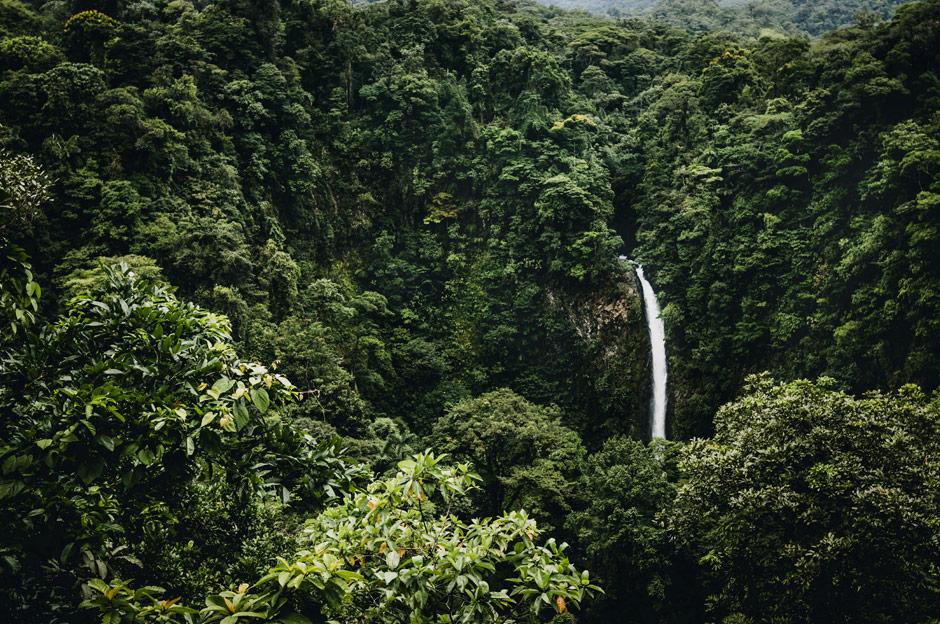 Chute d'eau Costa Rica Beatriz Aebischer